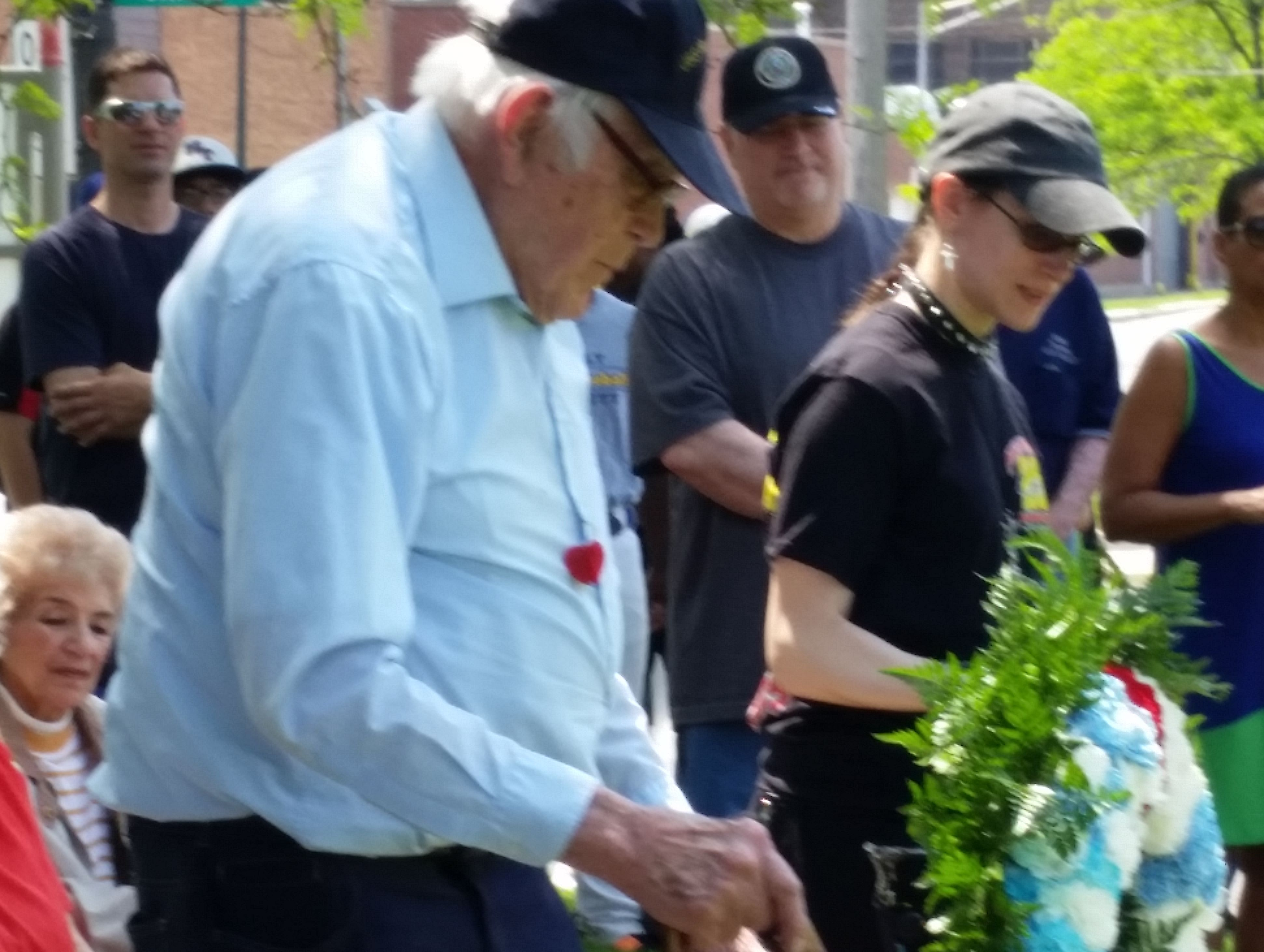 The Smith Park Advisory Council and the Smith Park Neighborhood Alliance participated in the Memorial Day celebration at Smith Park. WWII Vet Mr. Miller and his granddaugter Elizabeth presented the wreath at the army tank.